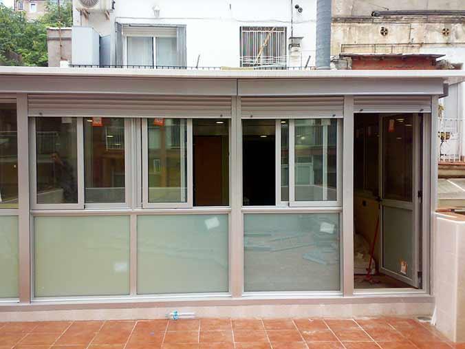 Cerramientos de aluminio para terrazas poble nou barcelona - Cerramientos de cristal para cocinas ...
