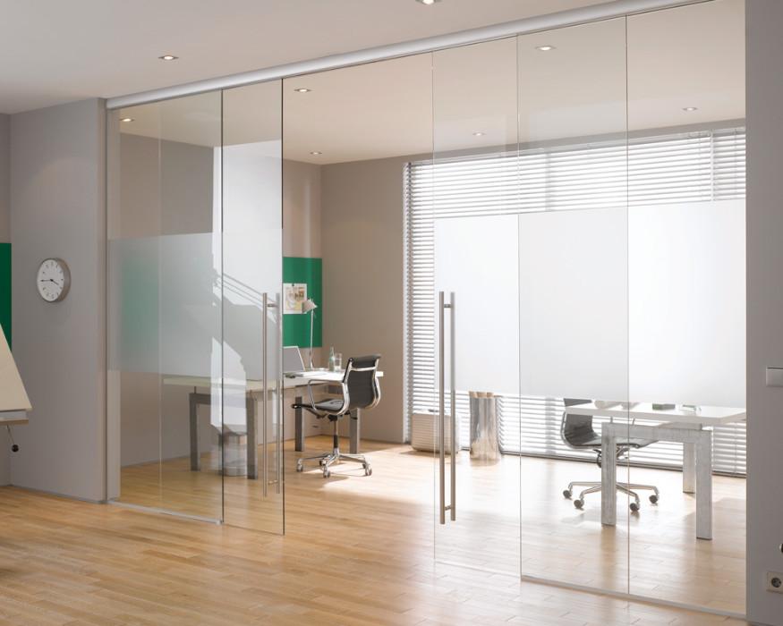 Puertas correderas manuales de cristal de seguridad for Puertas de entrada con vidrio