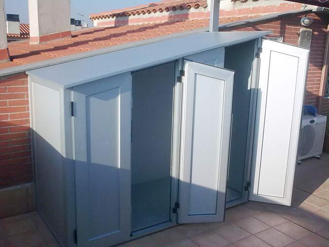 Aparador De Sala Feito De Pallet ~ Armarios de exterior en aluminio estancos enDiagonal Mar; Poble Nou, Barcelona